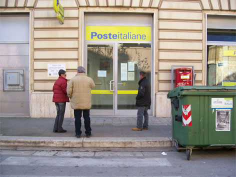 black-out-poste