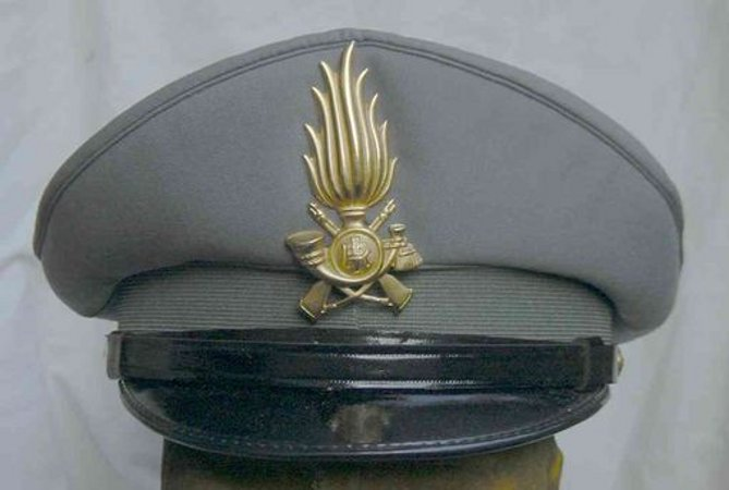 guardia-finanza-cappello